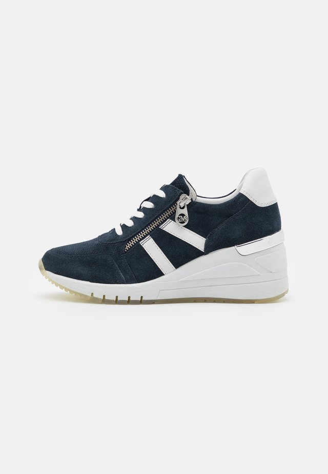 BY GUIDO MARIA KRETSCHMER - Sneakers laag - navy