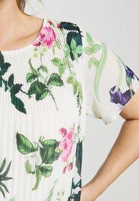 Zizzi - Day dress - aop flower - 3