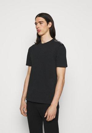 TEE UNISEX - T-shirt z nadrukiem - black/pink