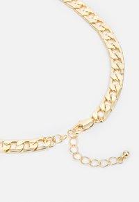 Pieces - PCLAUI BRACELET NECKLACE SET - Necklace - gold-coloured - 1