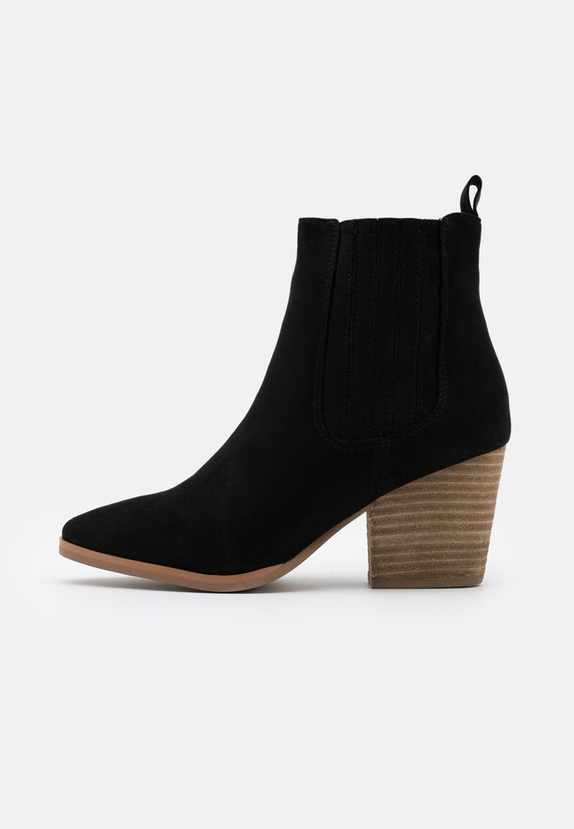 JOLENE GUSSET - Ankle boot - black