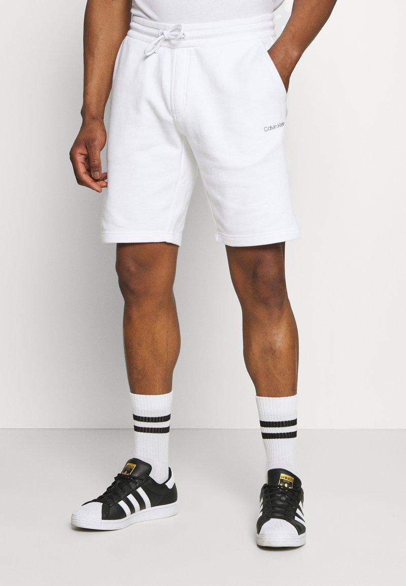 Calvin Klein - SMALL LOGO - Shorts - white