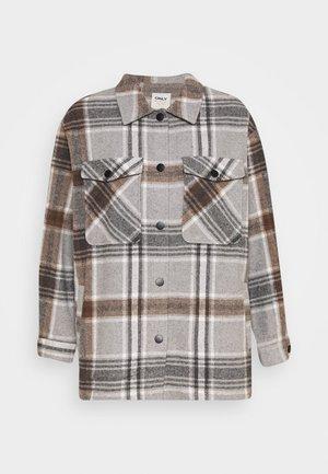 ONLELLENE VALDA CHACKET - Classic coat - chipmunk