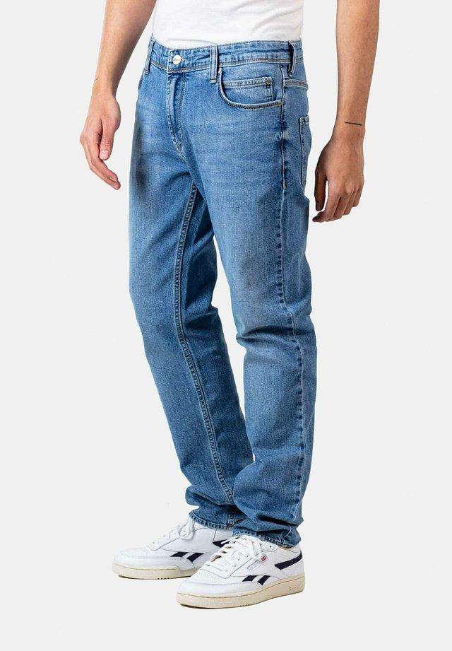 NOVA 2 - Straight leg jeans - aged light blue