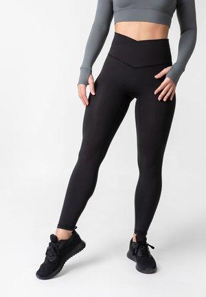PLUMA GLEAM - SHAPING SPORTLEGGING - Leggings - black