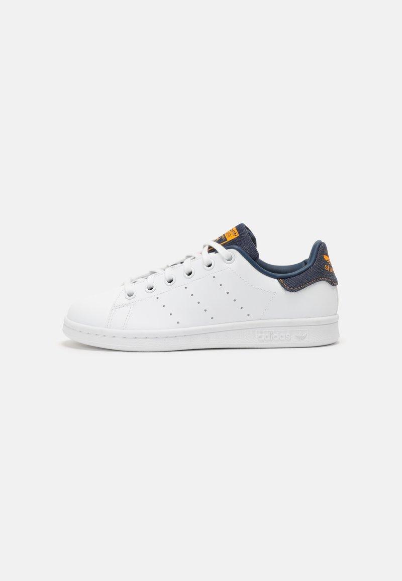 adidas Originals - STAN SMITH UNISEX - Sneakers laag - white/crew navy