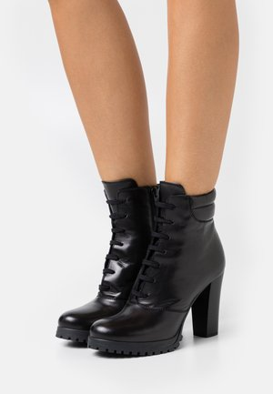 LEATHER - Ankelboots med høye hæler - black