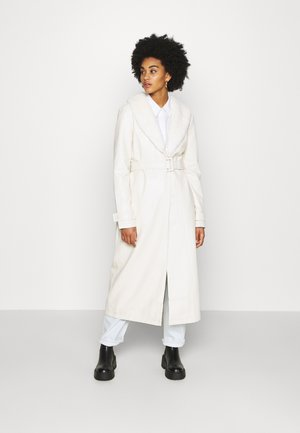 COAT - Villakangastakki - off white