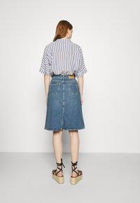 Carin Wester - SKIRT HOUSTON - Denimová sukně - denim blue - 2