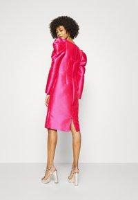 Pronovias - STYLE - Vestito elegante - shocking pink - 2