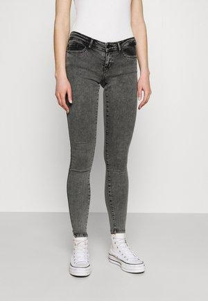ONLCORAL LIFE POWER BOX - Skinny džíny - grey denim