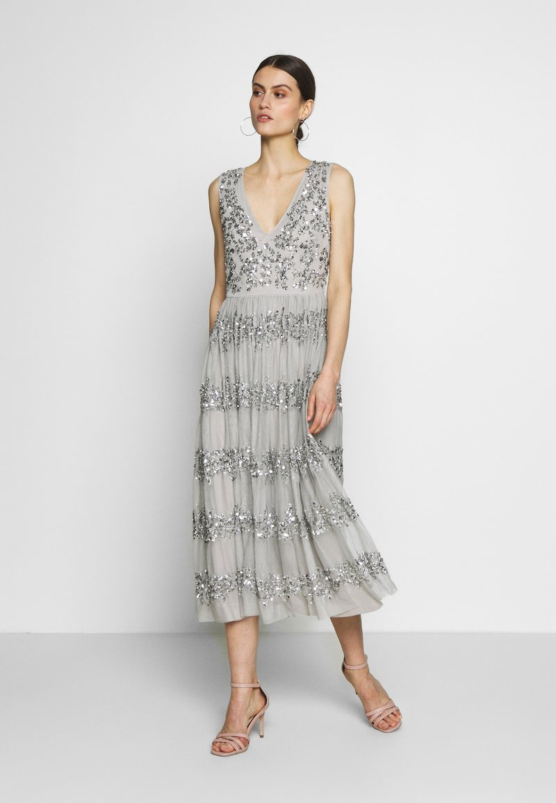 Maya Deluxe - PANELLED EMBELLISHED MIDI DRESS - Iltapuku - soft grey