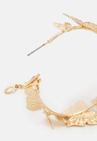 Fire & Glory - FLOWINA EARRINGS - Örhänge - gold-coloured - 1