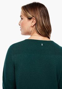 Triangle - Cardigan - emerald - 5