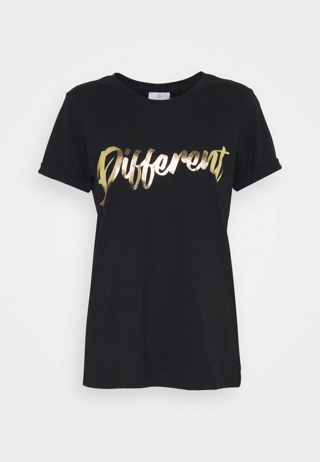 KAMOMENTS - Print T-shirt - black deep