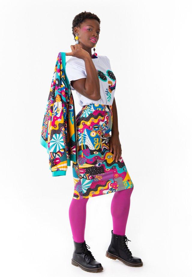 PEACE AND LOVE - Falda de tubo - multicolor