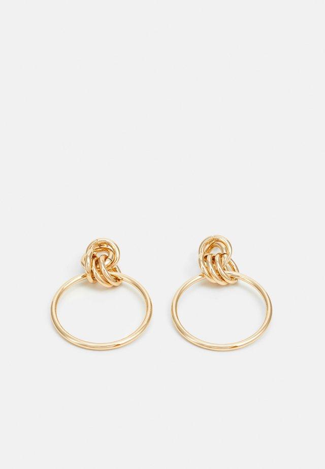 PCEVERSTA EARRINGS - Kolczyki - gold-coloured