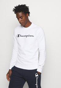 Champion - LEGACY CREWNECK - Sweatshirt - white - 0