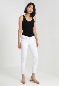 Rosemunde - ORGANIC TOP WITH LACE - Topper - black - 1