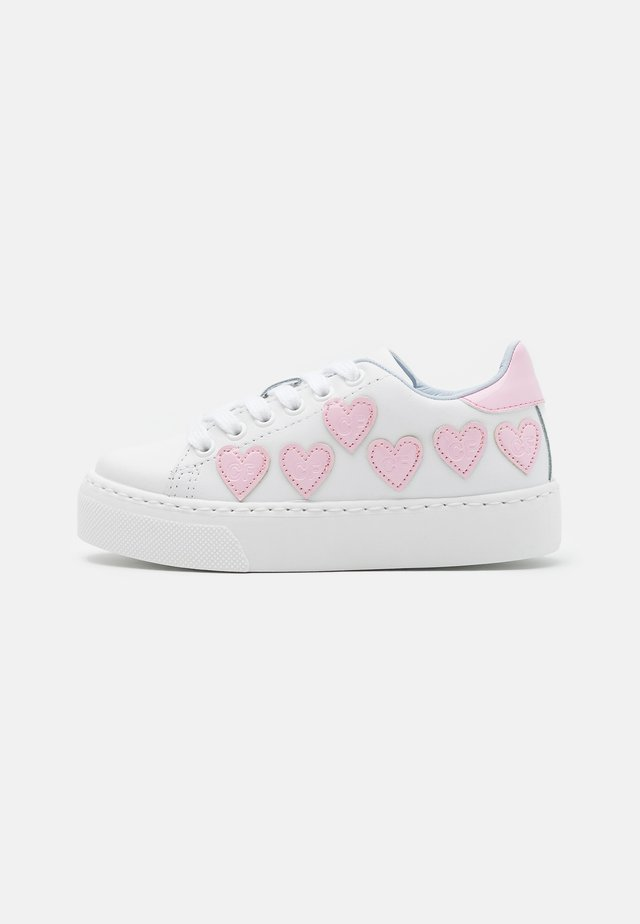 Sneakers laag - bianco/rosa