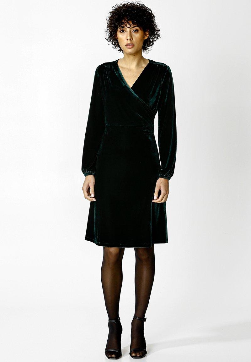 Indiska - OLIVETTA - Cocktail dress / Party dress - dkgreen