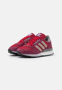 adidas Originals - ZX 500 UNISEX - Trainers - victory crimson/team victory red/footwear white - 1