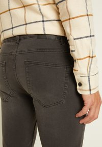 Only & Sons - ONSWARP - Jeans Skinny Fit - grey denim - 5