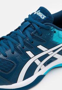 ASICS - GEL-ROCKET 9 - Volleyball shoes - mako blue/white - 5