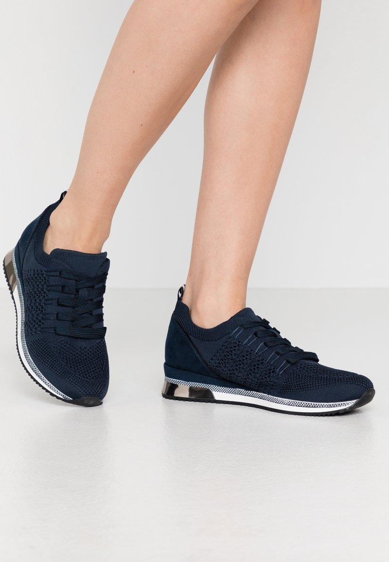 Marco Tozzi - Sneakersy niskie - navy