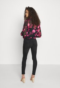 ONLY Petite - ONLBLUSH - Jeans Skinny Fit - black denim - 2