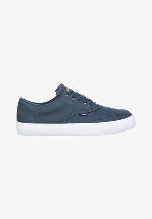 TOPAZ C3 - Sneakers laag - eclipse navy