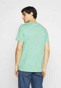 Lyle & Scott - PLAIN - T-shirt - bas - sea mint - 2