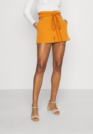UP BELT HIGH WAIST - Shorts - mustard