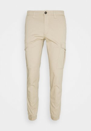 JJIMARCO JJJOE CUFFED - Cargo trousers - white pepper