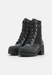 MICHAEL Michael Kors - BREA BOOTIE - Lace-up ankle boots - black/brown - 2
