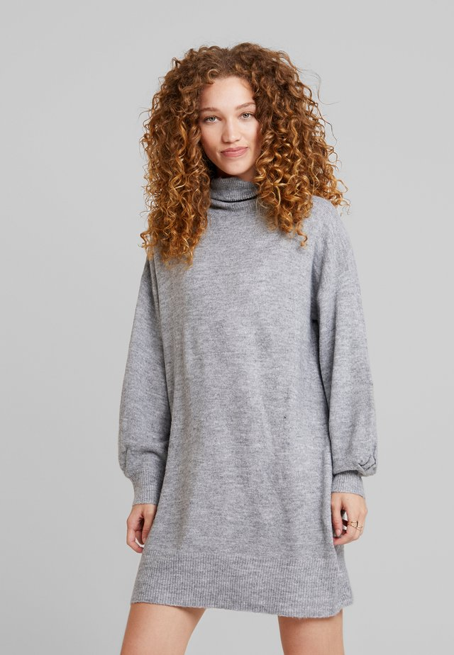 STRIPE ME UP DRESS - Robe pull - grey
