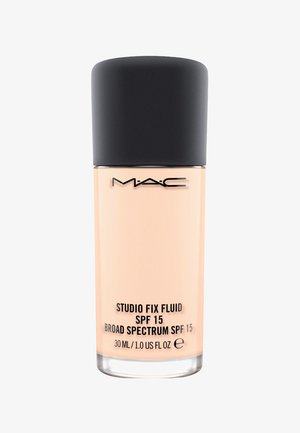 STUDIO FIX FLUID SPF15 FOUNDATION - Fondotinta - n 4
