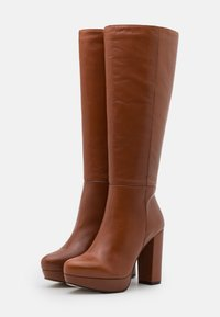 Bullboxer - High heeled boots - brown - 2