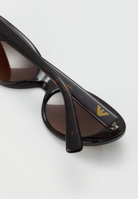 Emporio Armani - Sluneční brýle - dark brown - 2