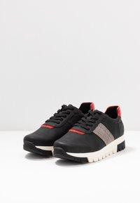 Rieker - Sneakers laag - schwarz/flamme/grau rost - 4