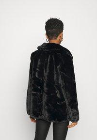 Vero Moda - VMVALLIRIO JACKET - Classic coat - black - 2