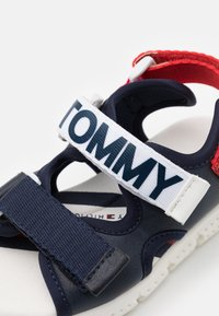 Tommy Hilfiger - Sandalen - blue/white/red - 5