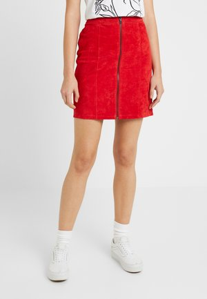 Mini skirt - racing red