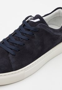 Joshua Sanders - SQUARED SHOES  - Trainers - navy - 4