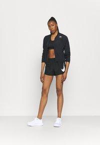 Nike Performance - RUN SHORT - Korte sportsbukser - black - 1