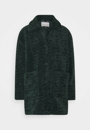 Winter coat - emerald green