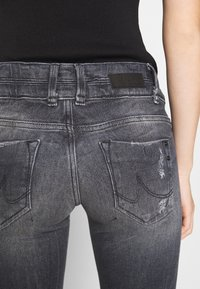 LTB - JULITA - Jeans Skinny Fit - hevia wash - 7