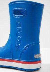 Crocs - Botas de agua - bright cobalt/flame - 4