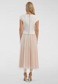 Apart - A-line skirt - creme-nude - 2
