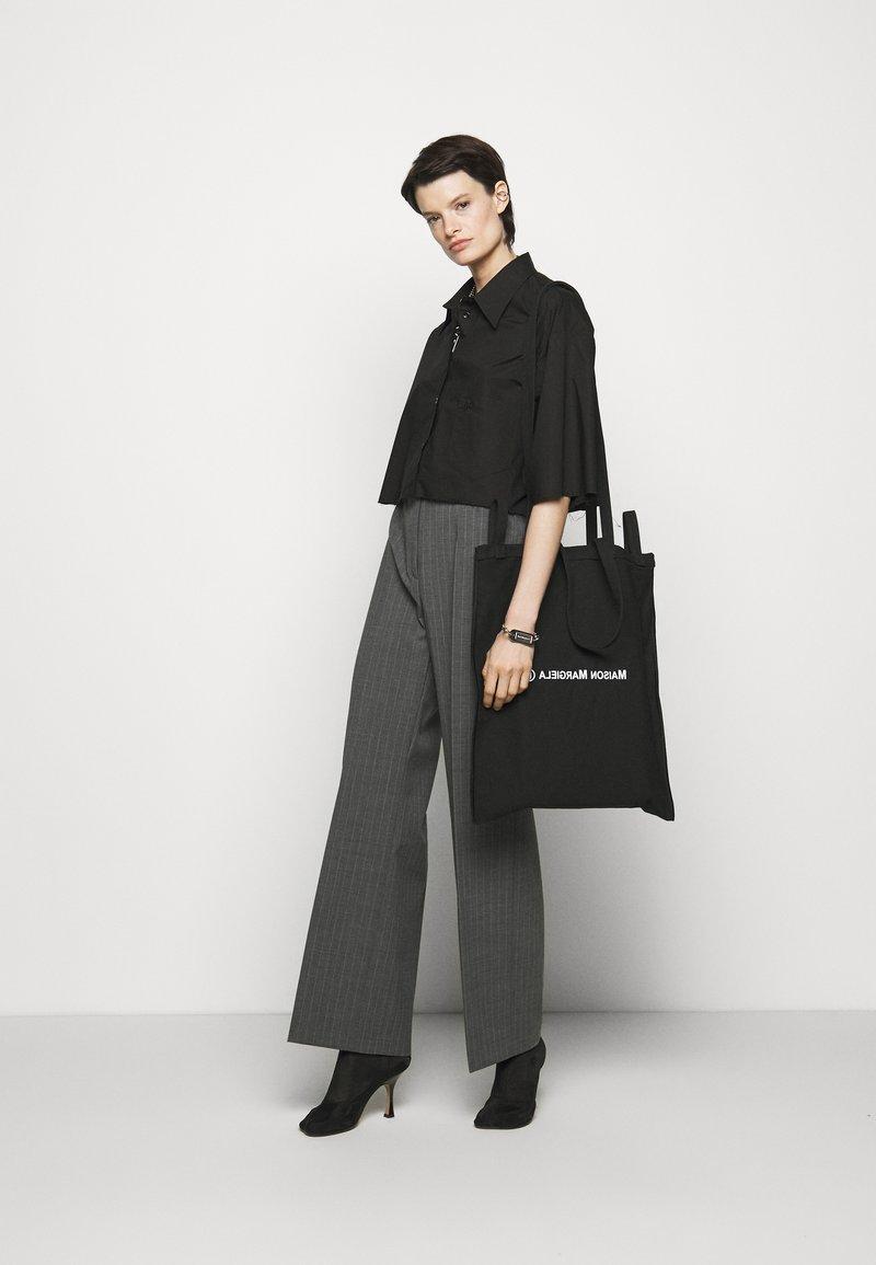 MM6 Maison Margiela - BORSA - Tote bag - black
